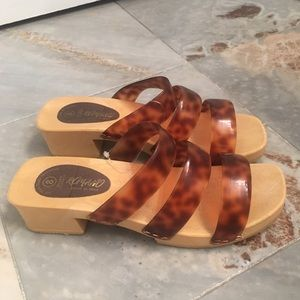 Romano Rylee cheetah print sandals made in Italy